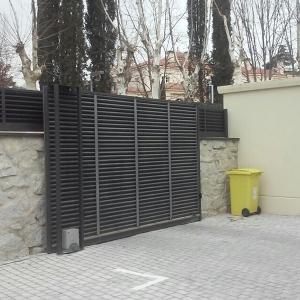 Accesos de viviendas. Puertas